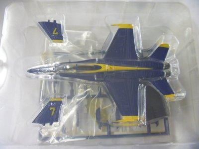 画像2: アルジャーノンプロダクト(カフェレオ) 1/144戦闘機 Jウイング Jwings4 51(B)16.F/A-18E BLUE ANGELS No.7 ブルーエンジェル シークレット