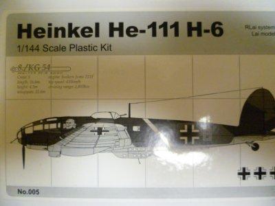 画像1: アルジャーノンプロダクト(カフェレオ) 1/144戦闘機 Heinkel He-111H-6 No.005 1/144スケール プラスチックキット 限定品
