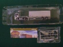 他の写真2: Nゲージ(1/150) トレーラーコレクション 6弾 UDトラックスクオン+フリー(30ftコンテナ)